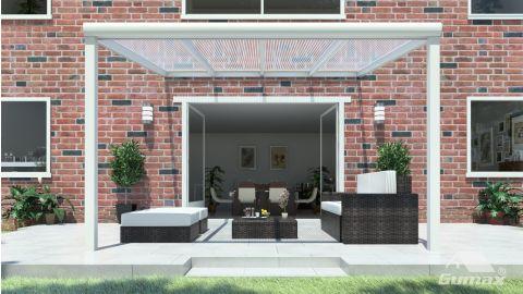 Gumax terrasoverkapping vooraanzicht 4.06m breed x 3.5m diep modern crème met helder polycarbonaat dak