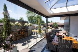 Gumax® Glazen schuifwanden in mat antraciet met deurgrepen