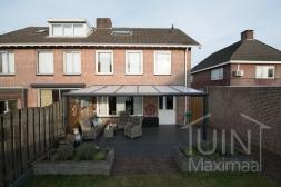 Moderne Gumax® Terrasoverkapping aan huis in mat antraciet van 6,06 x 3,5 meter met opaal polycarbonaat dakplaten