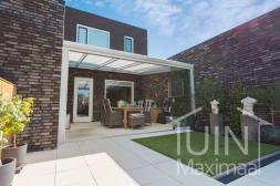 Moderne Gumax® Terrasoverkapping in mat wit van 5,06 (ingekort) x 4 meter met opaal polycarbonaat dak