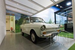 Moderne Gumax® Carport aan huis in mat wit van 5,06 x 4 meter met opaal polycarbonaat dakplaten inclusief Gumax LED verlichting